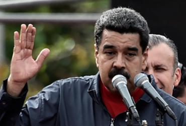Maduro pede nova constituição e convoca Assembleia Nacional Constituinte