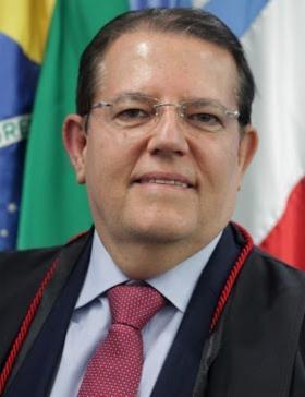 """""""Prorrogar mandatos seria um acinte à democracia. Só se exerce mandato sendo legitimamente eleito"""" Jatahy Fonseca Jr., presidente do Tribunal Regional Eleitoral (TRE-BA)"""