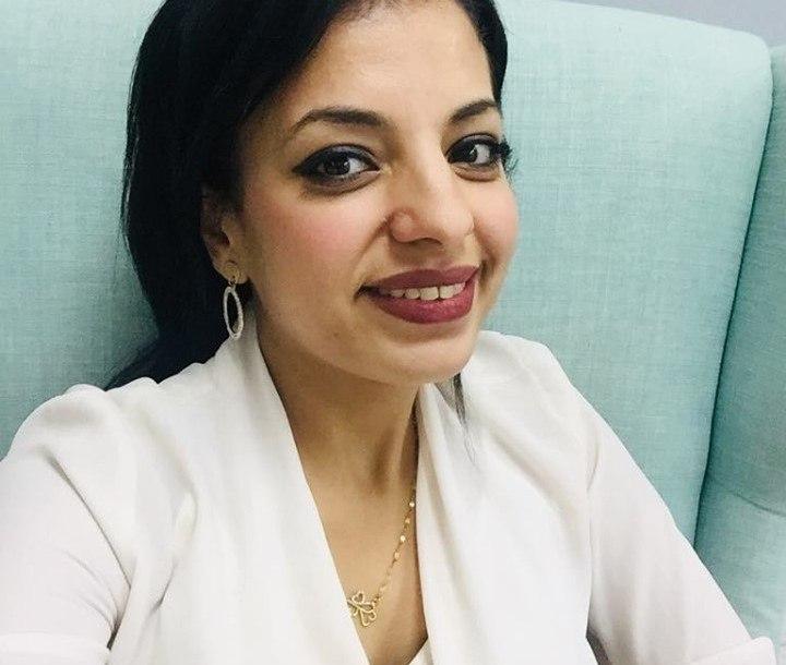 الاستاذة رشا عمار