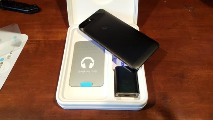 Nexus 6P out of packaging