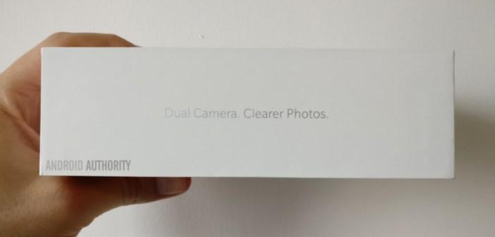 OnePlus 5 retail packaging