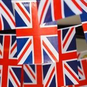 英国EU離脱関連はイギリスの複数の国旗の写真:FX自動売買に影響を与えるか
