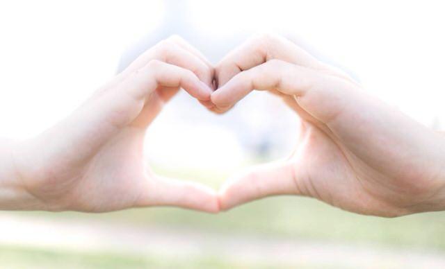 【7つの習慣】人生を成功に導く考え方!ハッピーな人生を生きるための5段ピラミッド