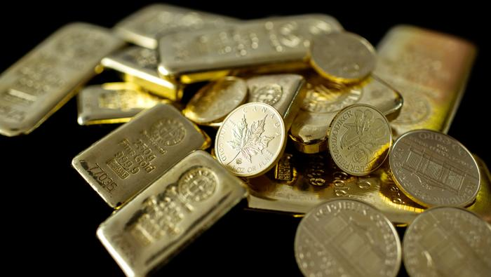 Gold Costs Fall to Vary Help