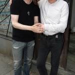 Peter får stöd av Faktums chefredaktör Aaron Israelson