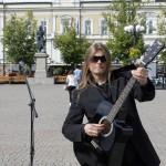 Gitarrläraren Lasse lyssnade på Peter och blev imponerad