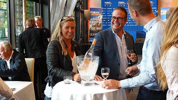 Det var många glada miner inför prisutdelningen på Restaurang Trädgårn. Foto: Peter Ahlborg
