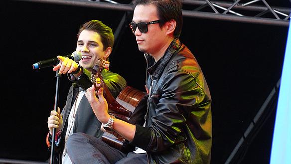 Skönsjungande Alexander Visiliou uppträdde på Nickelodeondagen. Foto: Peter Ahlborg