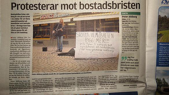 Peter Ahlborg är med i Kungälvs-Posten tisdagen den 23 september 2014. I samband med hans gatuturné runt Sverige för att uppmärksamma bostadsbristen och hemlösheten i vårt land! Foto Peter Ahlborg