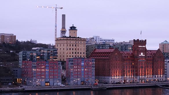Bostadsbristen är stor i Stockholm. Det fattas 122 000 lägenheter enligt Handelskammarens rapport 2014. Foto: Peter Ahlborg