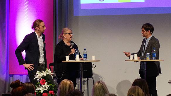 Vi håller på och skapa en medborgarfinansierad digital plattform för utrikesjournalistik, förklarade Martin Schibbye och Brit stakston. Foto: Peter Ahlborg