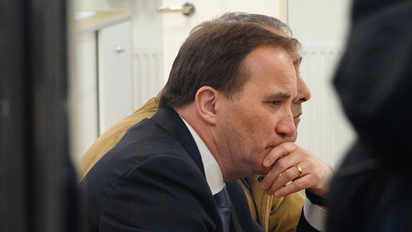 Stefan Löfven har all anledning att se dyster ut. Bara i Göteborg har 12 personer mördats i gängrelaterade dödsskjutningar de senaste två åren. Foto: Peter Ahlborg