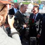 Stefan Löfven inte värd att ta semester eftersom fattigdomen i Sverige ökar