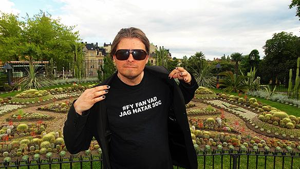 Peter Ahlborg besöker den välkända turist-attraktionen Kaktusgruppen i Norrköping. Foto: Ingrid Karlsson