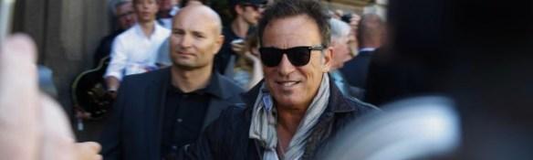 Bruce Springsteen anländer till Göteborg och hotellet Elite Plaza vid 17-tiden den 25 juli 2012. Peter Ahlborg bevakade hans smått hysteriska möte med fansen och pressen. Foto: Peter Ahlborg