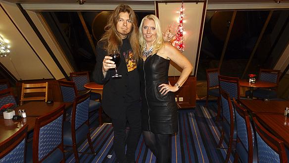 Carina Ekman och Peter Ahlborg gjorde många äventyr tillsammans. Här en resa till Åland den 21 november 2014 med båten Cinderella.