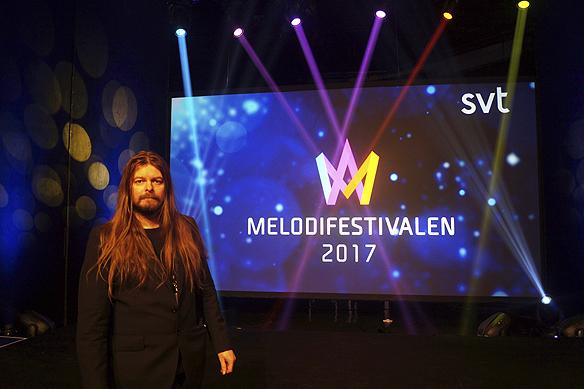 """Peter Ahlborg kommer bevaka Melodifestivalen 2017 för tidningen Faktum. """"Jag känner mig upprymd och har lite pirr i magen inför den stora cirkus som det innebär att följa Melodifestivalen, men jag älskar det"""", säger Peter Ahlborg."""