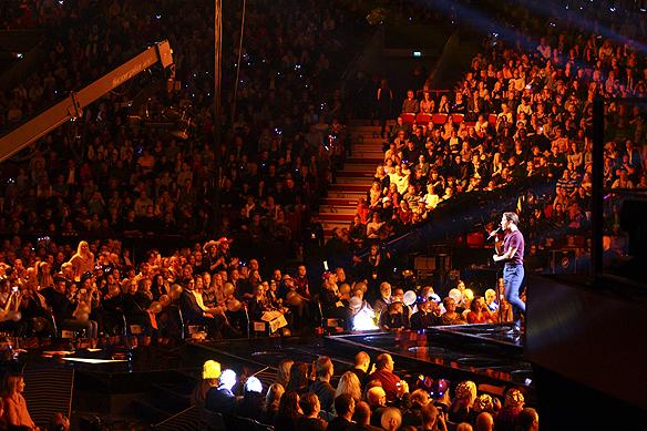 """Benjamin Ingrosso får sjunga sitt segernummer, den soulinfluerade låten """"Good Lovin"""" en gång till i Malmö Arena, när han gick till final i Melodifestivalen. Foto: Peter Ahlborg"""