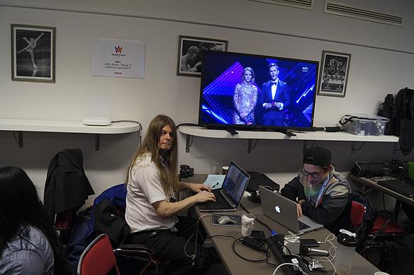 Peter Ahlborg följer Melodifestivalen 2017 från pressrummet i Göteborg i Scandinavium.