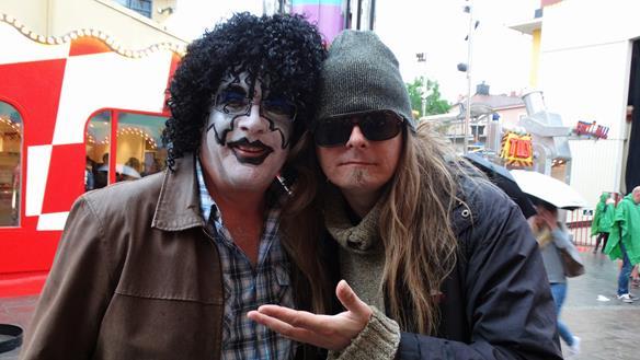 Peter Ahlborg träffar på en Ace Frehley-kopia på Gröna Lund den 17 juni 2015, när Ace höll en konsert där.
