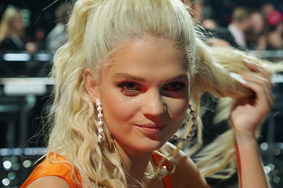 Den polska artisten Margaret känner sig glad och sprallig över att hon gick till andra chansen i Melodifestivalen från Göteborg. Foto: Peter Ahlborg