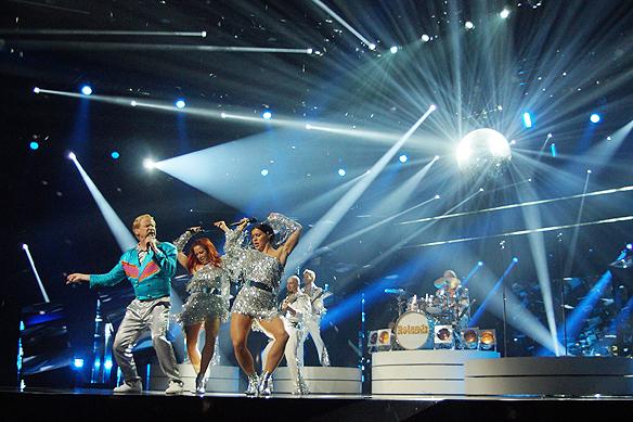 """""""Rolandz bjuder på årets supershow i Melodifestivalen 2018. Nu blir både mina ögon och öron lyckliga"""", säger Peter Ahlborg. Foto: Peter Ahlborg"""