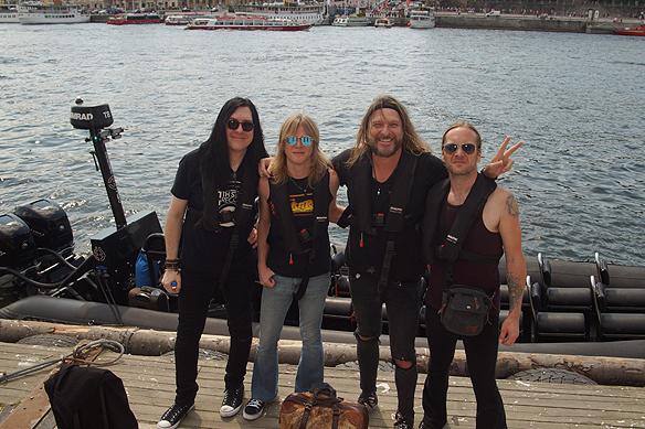 Här är Gene Simmons kompband på väg till Gröna Lund. Konserten hölls lördagen den 2 juni 2018. Foto: Peter Ahlborg