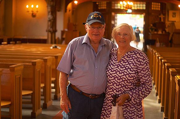 Russell och Svea Peterson har varit gifta i 54 år. De gifte sig ett par månader efter de träffades. Nu bor de i Boston, USA. Foto:PeterAhlborg