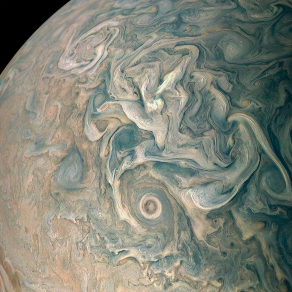 Swirls in Jupiter's atmosphere