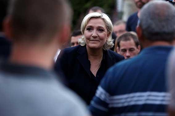 Le Pen PA-31744885 (1)