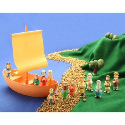 Jesus and disciples Fishing boat and figurines