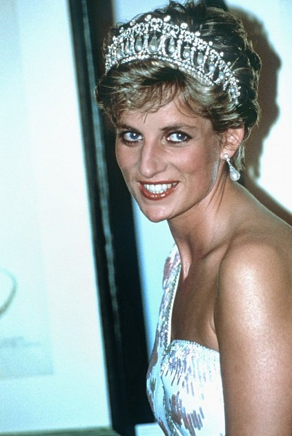Princess Diana with her iconic pearl headdress