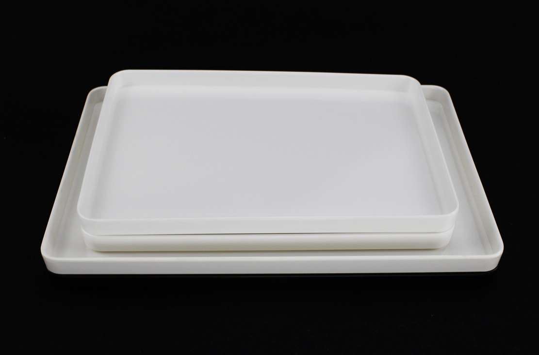 & Clear Plastic Dinner Plates Wholesale