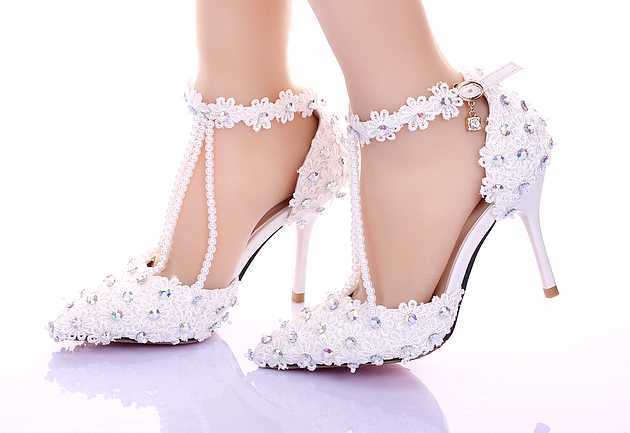 Buy women shoes online