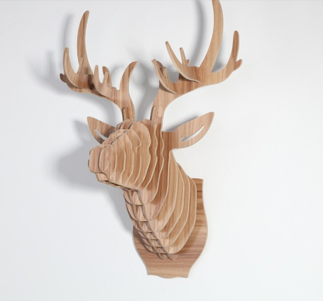 Beautiful Deer Decoration This Amazing Piece Depicts A Glorious Having Walk The