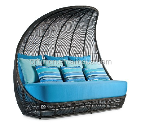 Ancient Reed Boat design wicker cocoon shaped day bed with high back     ORL 1107 1 jpg