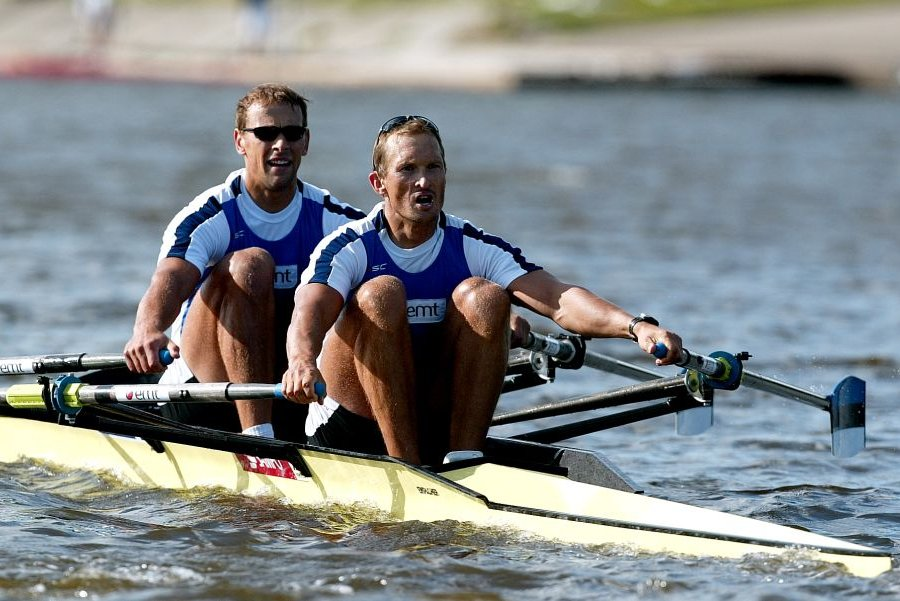 Rowers Jüri Jaanson (front) and Tõnu Endrekson (back) won silver in Beijing 2008 on the men's double sculls
