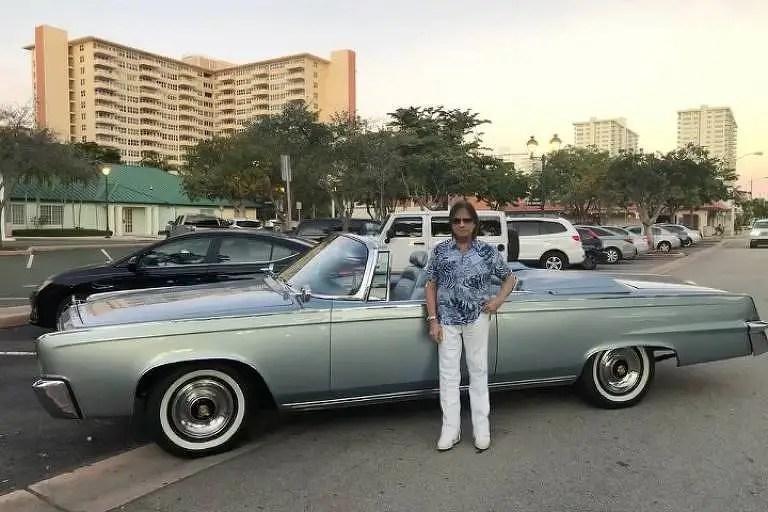 Roberto Carlos e Chrysler Imperial
