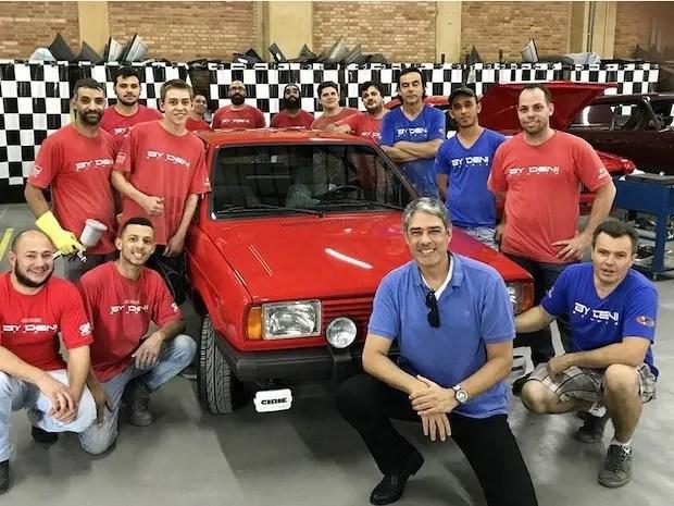 Equipe de restauração do Gol GT