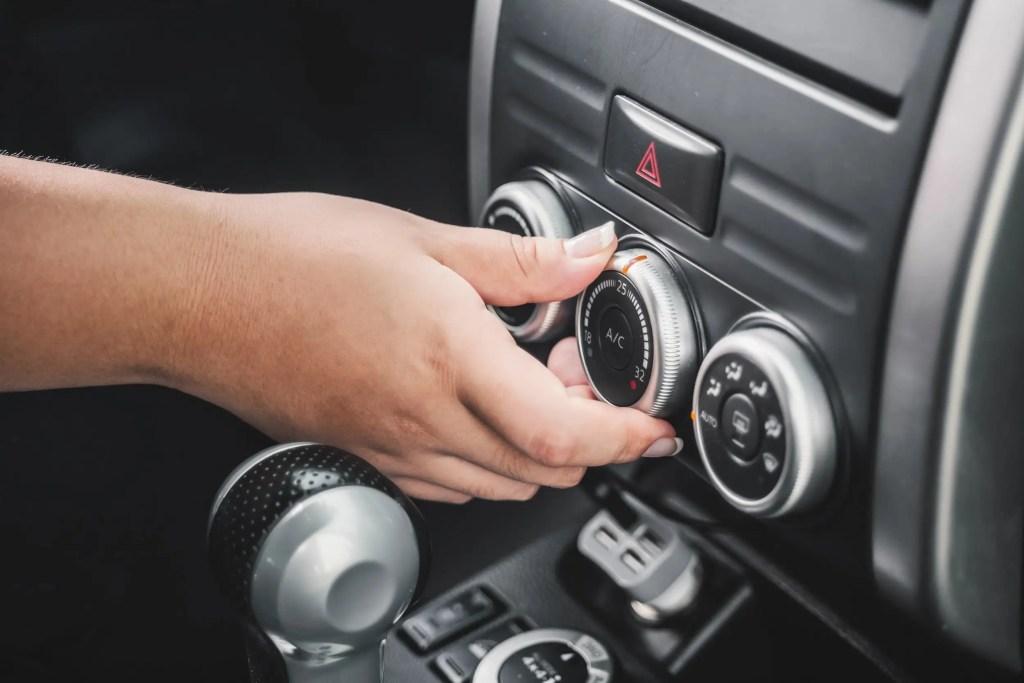 Use o ar-condicionado com atenção para não gastar mais combustível