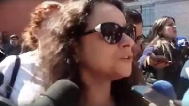 """Photo of Janaína Paschoal pede """"cautela"""" após afirmar que agressor de Bolsonaro usava camisa de """"Lula Livre"""""""