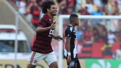 Photo of Flamengo ganha seu 35º título carioca no Maracanã