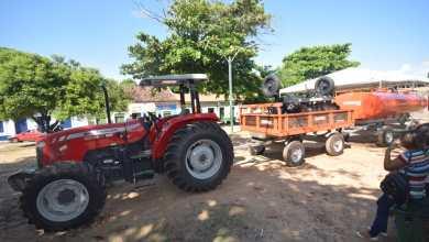 Foto de Prefeito de Alcântara entrega Patrulha Mecanizada aos agricultores