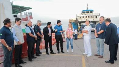 """Foto de Deputados """"vistoriam"""" Ferry Boats pela milésima vez"""