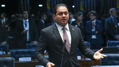 Foto de Projeto do senador Weverton Rocha vai punir quem agride jornalistas