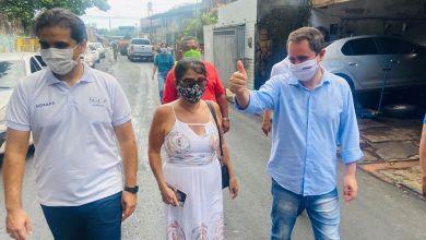 Foto de Fátima Araújo solicita e Edivaldo Holanda Jr asfalta ruas do Jaguarema