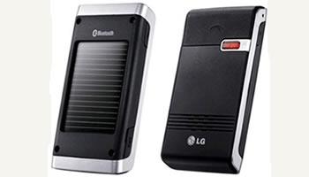 Manos libres LG con tecnologia Bluetooth y paneles solares