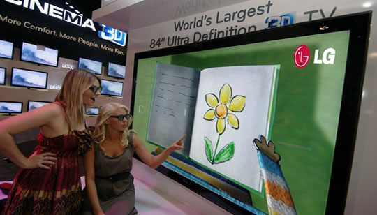LG TV - Televisor LED 3D más grande del mundo CES 2011