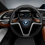 BMW i8 Spyder Adentro