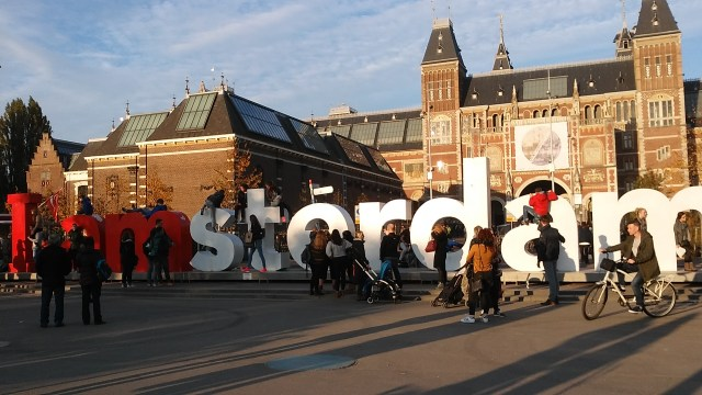 Amsterdam budget travel guide Netherlands